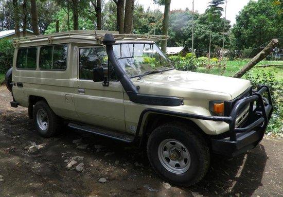 Toyota Land Cruisers Hard Top Extended uganda carhire
