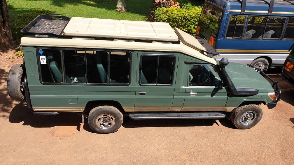 BEST CAR RENTAL IN UGANDA - Safari landcruiser